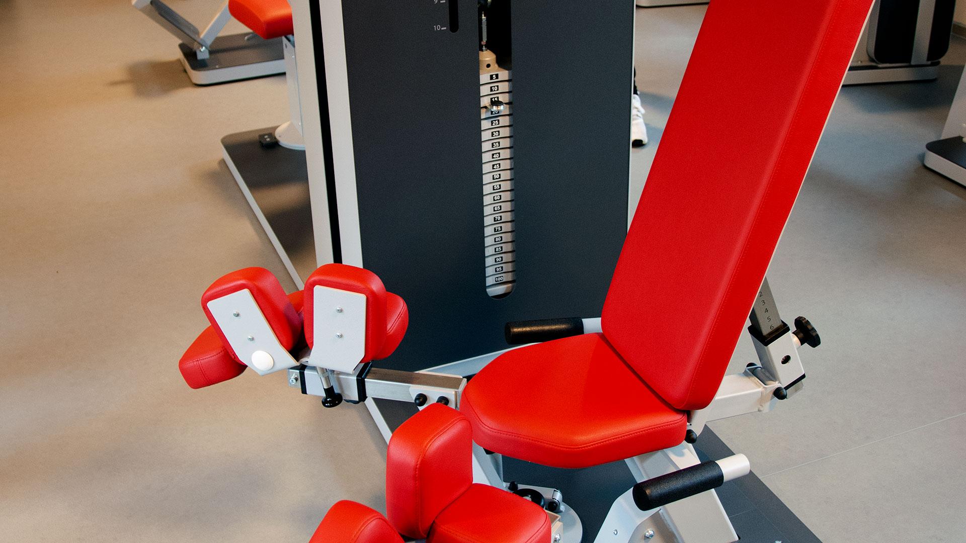 rhoenfit_fitnessstudio_geraete_bertsch_020319_03